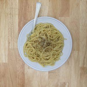 Roman cuisine - Cacio e pepe | www.alldayieat.com