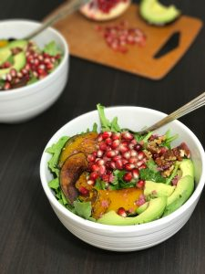 Arugula Salad with Roasted Kabocha, Pomegranate and Avocado | www.alldayieat.com