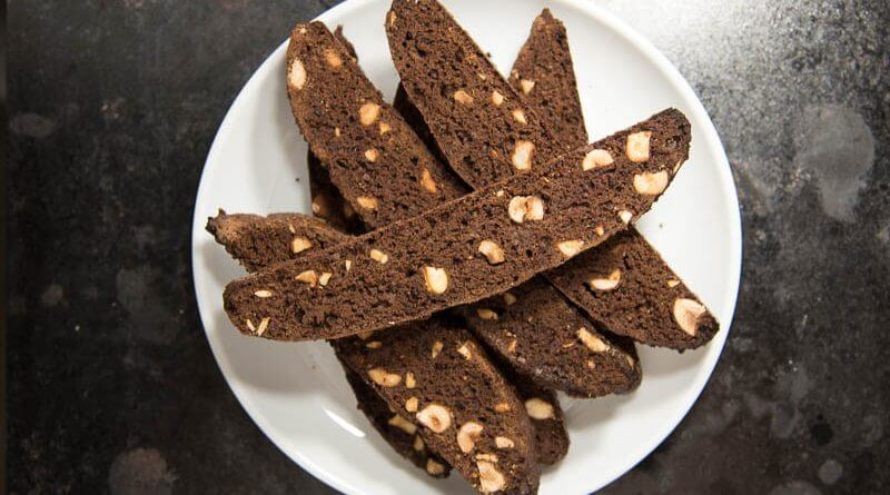 chocolate hazelnut biscotti-4