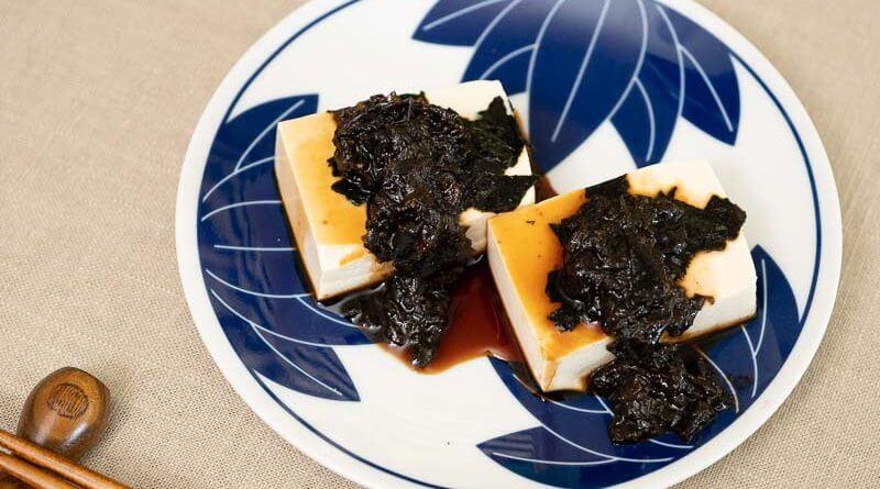 hiyayakko japanese cold tofu with soy sauce and tsukudani-2