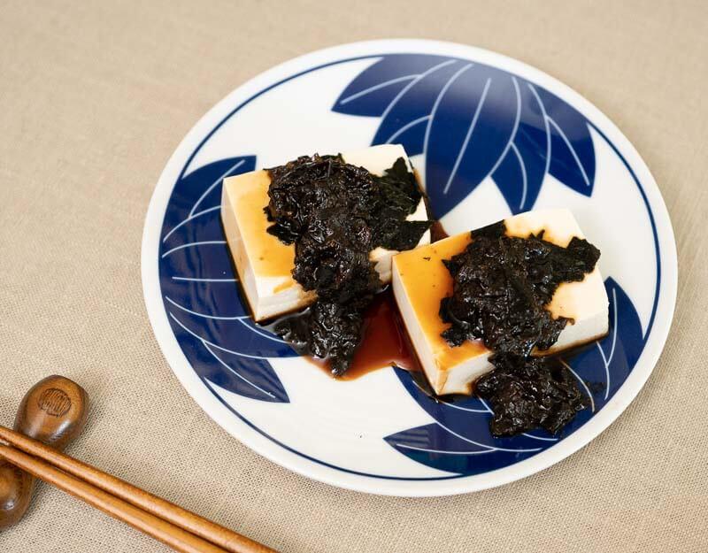 hiyayakko - japanese cold tofu with soy sauce and tsukudani
