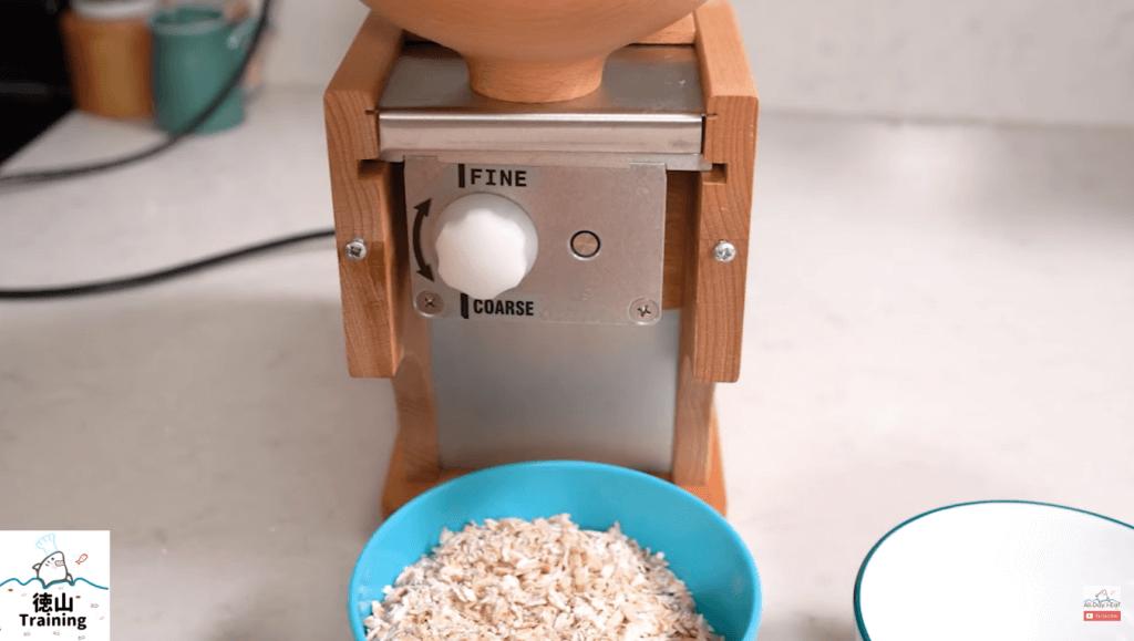 Komo Flocman Flaker for Oatmeal review 4
