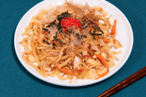 Yakiudon with tofu