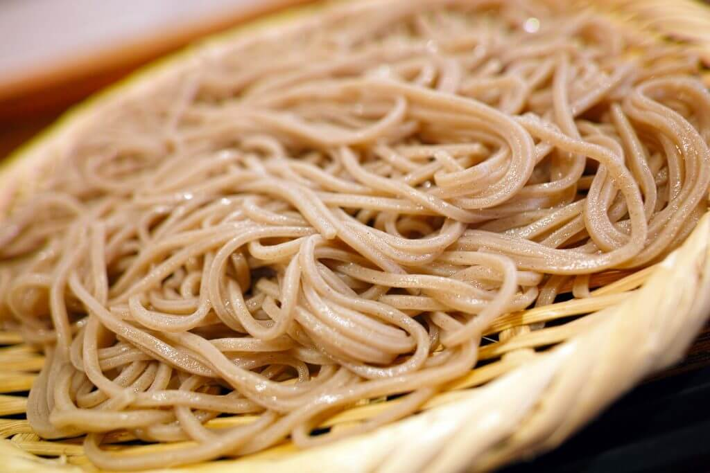 eat-sapporo-japan-summer-soba-noodles