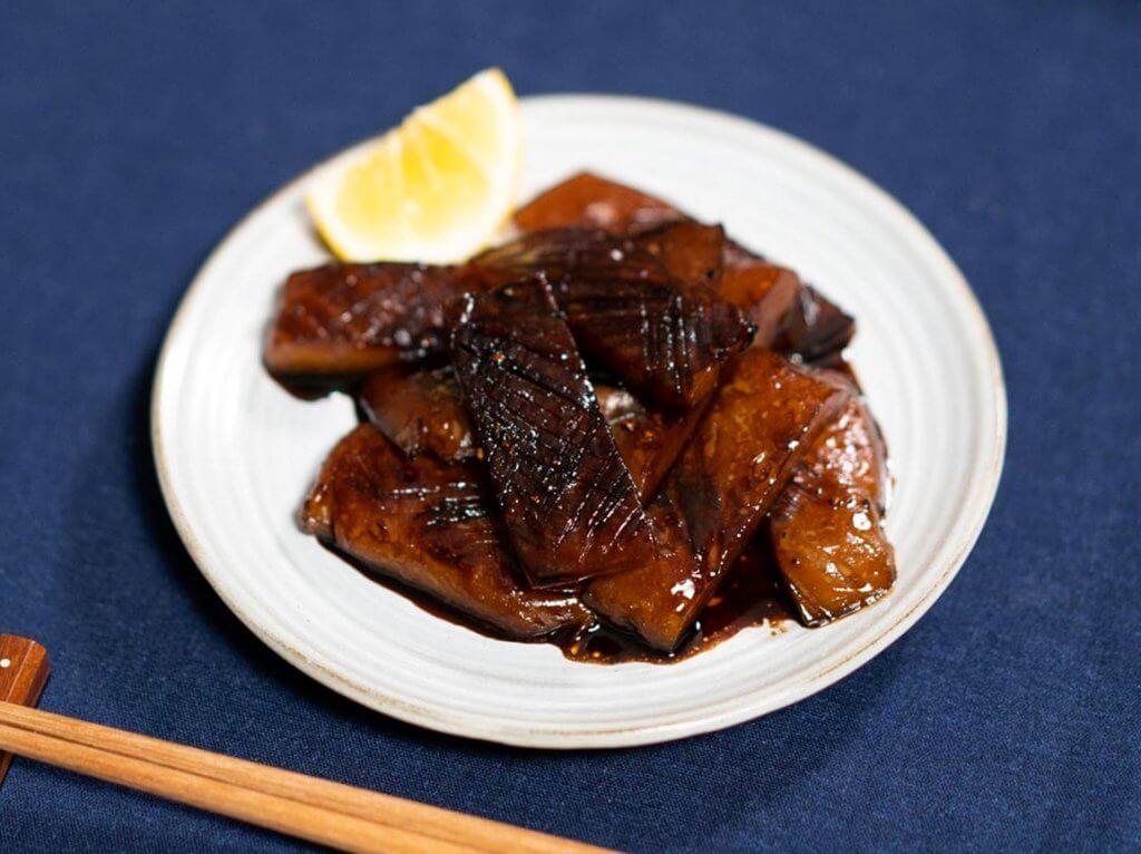 Konnyaku sashimi with butter soy sauce plated