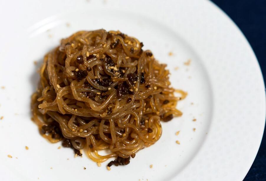 shirataki stir fry with soy sauce and wood ear mushrooms